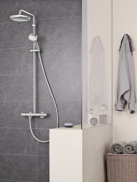 Grohe Tempesta Cosmopolitan System 210 Duschsystem mit Thermostatbatterie, chrom